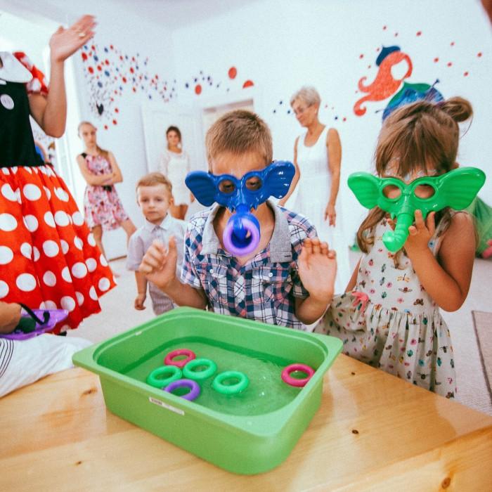 Vanda 3 anisori - Doti Playhouse Targu Mures